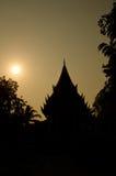 Tempio buddista al tramonto Fotografia Stock