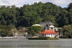 Tempio buddista del dente di Kandy nello Sri Lanka Immagine Stock Libera da Diritti