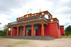 Tempio buddista Dhagpo Kundreul Ling nella prospettiva fotografia stock