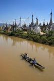 Tempio buddista di Ywama Paya - lago Inle - Myanmar Immagini Stock