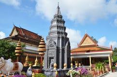 Tempio buddista Wat Preah Prom Rath in Siem Reap, Cambogia immagini stock libere da diritti