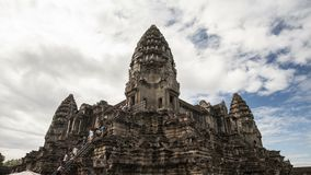 Tempio centrale Angkor Wat Timelapse 4K stock footage