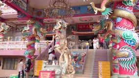 Tempio cinese nella città di pattaya, Tailandia video d archivio