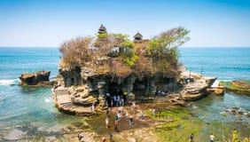 Tempio del lotto di Tanah nell'isola di Bali, Indonesia Fotografie Stock
