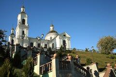 Tempio della chiesa sulla collina Fotografie Stock