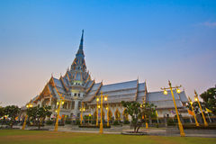 Tempio della Così-spina di Wat nel tramonto Immagini Stock Libere da Diritti