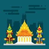 Tempio della Tailandia con una custodia di due giganti Immagine Stock