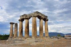 Tempio di Apollo a Corinto antico Grecia Fotografia Stock