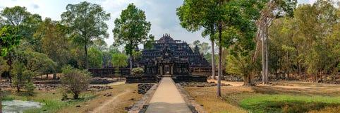 Tempio di Baphuon nel complesso di Angkor, Cambogia Fotografie Stock Libere da Diritti
