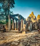 Tempio di Bayon a Angkor Thom La Cambogia cambodia immagine stock libera da diritti