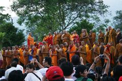 Tempio di Borobudur e l'attività Fotografia Stock Libera da Diritti