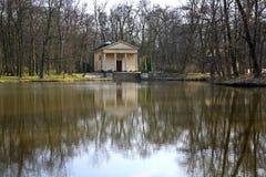 Tempio di Diana nel parco di Arcadia Contea di Lowicz poland fotografia stock