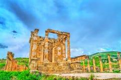 Tempio di Gens Septimia a Djemila in Algeria fotografie stock