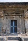 Tempio di Kashivishvanatha, Lakundi, stato del Karnataka, India Iscrizioni e motivi fotografie stock libere da diritti
