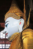 Tempio di Ngahtatgyi Buddha, Rangoon, Myanmar Fotografie Stock