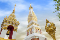 Tempio di Phra che Phanom Stupa, strutture buddisti importanti di Theravada nella regione dentro nella provincia di Nakhon Phanom fotografia stock
