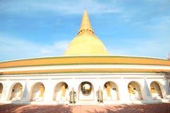Tempio di PHRA PRATHOM JEDI, la grande pagoda della Tailandia Immagine Stock Libera da Diritti