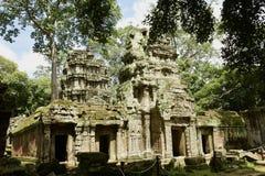 Tempio di pietra artisticamente costruito fotografie stock