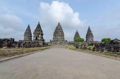 Tempio di Prambanan vicino a Yogyakarta sull'isola di Java, Indonesia immagini stock