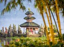 Tempio di Pura Ulun Danu Bratan sull'isola di Bali in Indonesia 4 fotografia stock libera da diritti