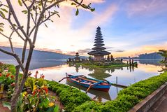 Tempio di Pura Ulun Danu Bratan sull'isola di Bali in Indonesia 5 Immagini Stock Libere da Diritti