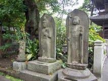 Tempio di Sengakuji, Tokyo, Giappone, le tombe di 47 Ronins Immagine Stock