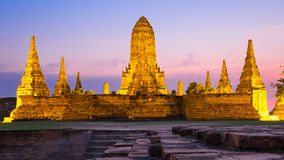 Tempio di tramonto di Wat Chai Watthanaram Fotografie Stock Libere da Diritti