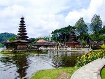 Tempio di Ulun Danu Beratan a Bali, Indonesia immagine stock libera da diritti