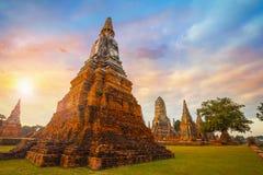 Tempio di Wat Chaiwatthanaram nel parco storico di Ayuthaya, Tailandia Fotografie Stock