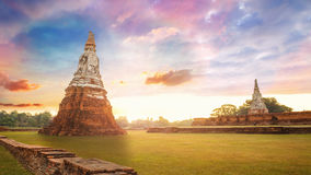 Tempio di Wat Chaiwatthanaram nel parco storico di Ayuthaya, Tailandia Fotografia Stock