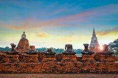 Tempio di Wat Chaiwatthanaram nel parco storico di Ayuthaya, un sito del patrimonio mondiale dell'Unesco Immagini Stock Libere da Diritti