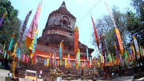 Tempio di Wat Lokmolee in Chiang Mai, Tailandia dal fish-eye archivi video