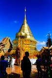 Tempio di Wat Phrathat Doi Suthep in Chiang Mai, Tailandia immagine stock libera da diritti