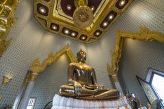 Tempio di Wat Traimit a Bangkok, Immagini Stock Libere da Diritti