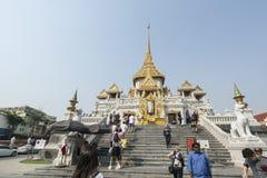Tempio di Wat Traimit a Bangkok Immagine Stock Libera da Diritti