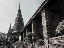 Tempio di Wat Yai Chaimongkol a ayutthaya fotografie stock libere da diritti