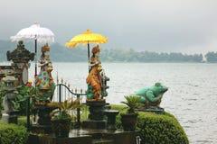 Tempio e lago Fotografia Stock Libera da Diritti