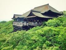 Tempio facente un giro turistico di Kyoto Kiyomizudera Immagini Stock