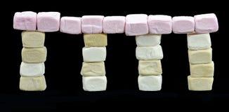 tempio fatto delle caramelle gommosa e molle fotografie stock libere da diritti