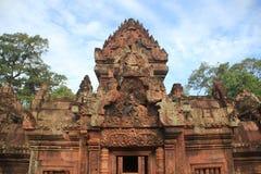 Tempio Front Entrance 1 di Banteay Srei Fotografia Stock Libera da Diritti