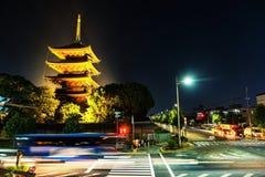 Tempio illuminato di Toji a Kyoto, Giappone fotografia stock libera da diritti