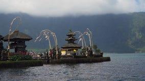 Tempio indù sull'isola di Bali Pura Ulun Danu Bratan Immagine Stock