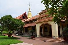 Tempio lungo di Buu nella città di Ho Chi Minh, Vietnam Immagini Stock