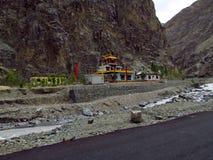Tempio in montagne fotografia stock