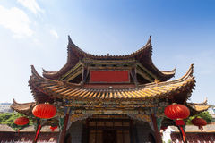 Tempio nel giorno soleggiato, capitale di Yuantong Kunming di Kunming di Yu Immagine Stock