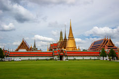 Tempio reale pubblico con il fondo del cielo Fotografia Stock Libera da Diritti