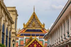 Tempio reale pubblico con il fondo del cielo Fotografie Stock