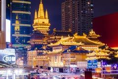 """Tempio solenne e buddista, Jing'an Temple, tantrico, Jing """"un distretto, Shanghai, fotografia stock libera da diritti"""