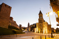 Templar城堡和圣安德烈斯教会在蓬费拉达,西班牙 免版税图库摄影