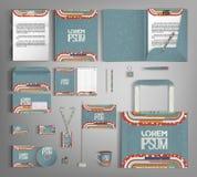 Template für Geschäftsgestaltungsarbeiten Stellen Sie mit bunten Designen ein Lizenzfreies Stockbild